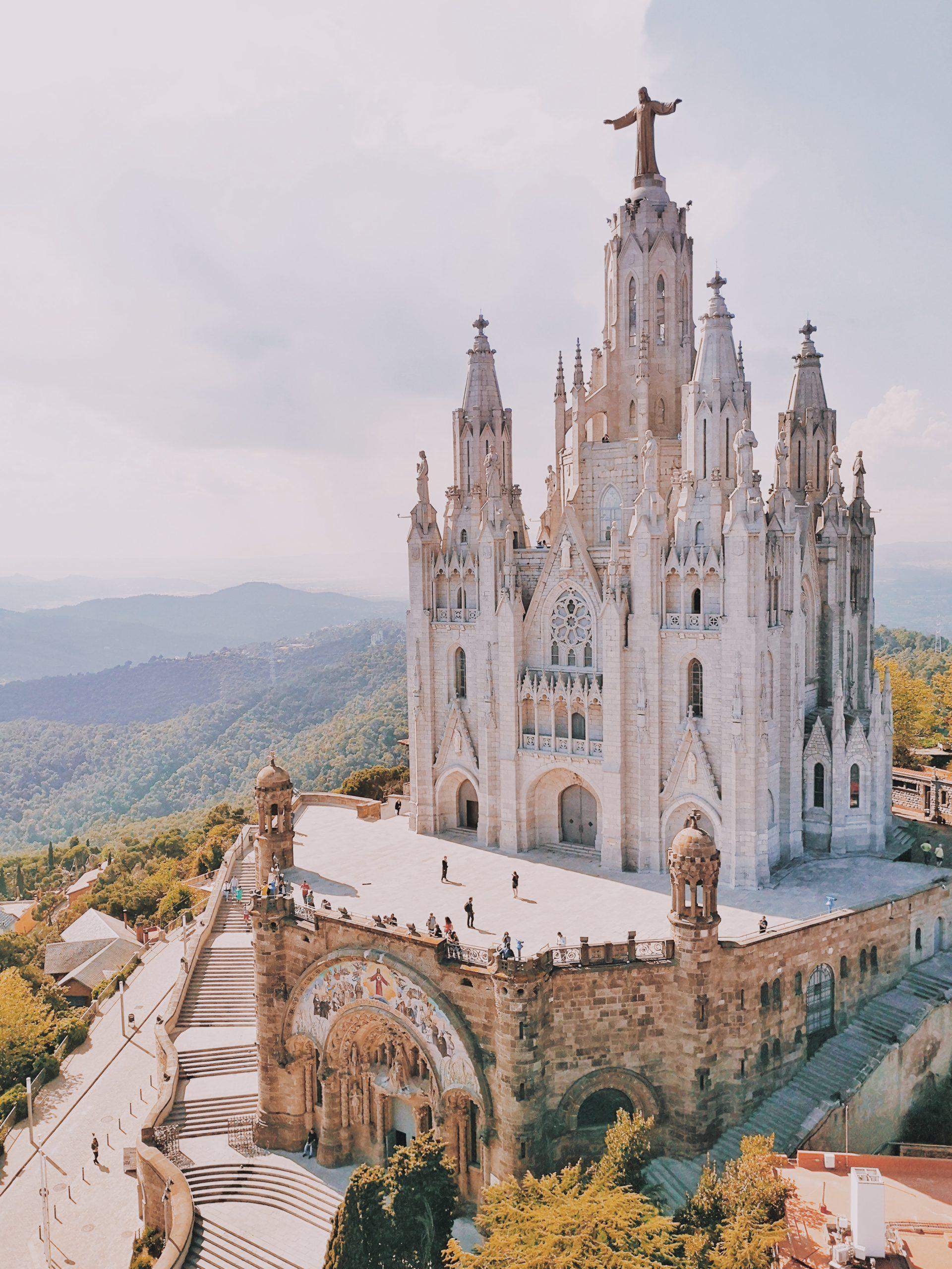 amusement park in barcelona spain